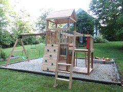 cedar swings and playsets